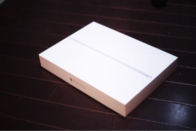 iPad Proの箱