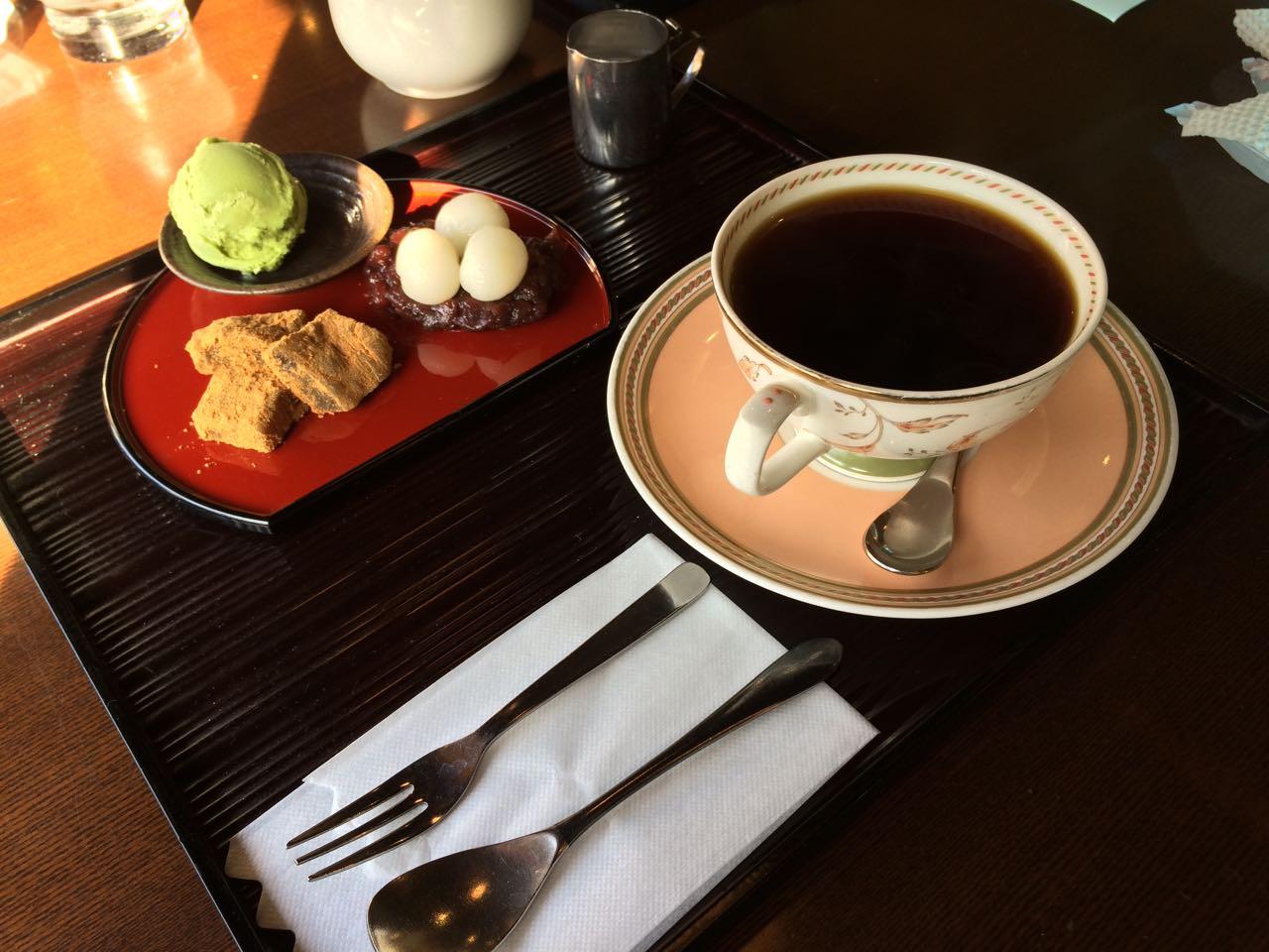 珈琲蔵人 珈蔵 堺伏尾店のコーヒーセット