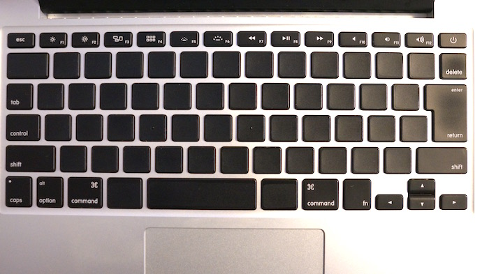 「Blackout sticker for Mac」貼付け完了