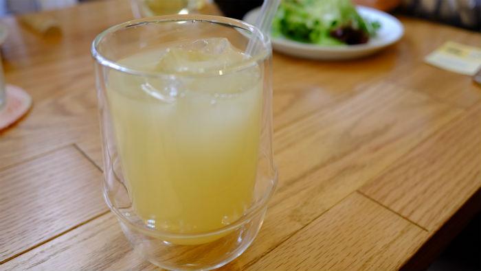 スモーブローキッチン グレープフルーツジュース