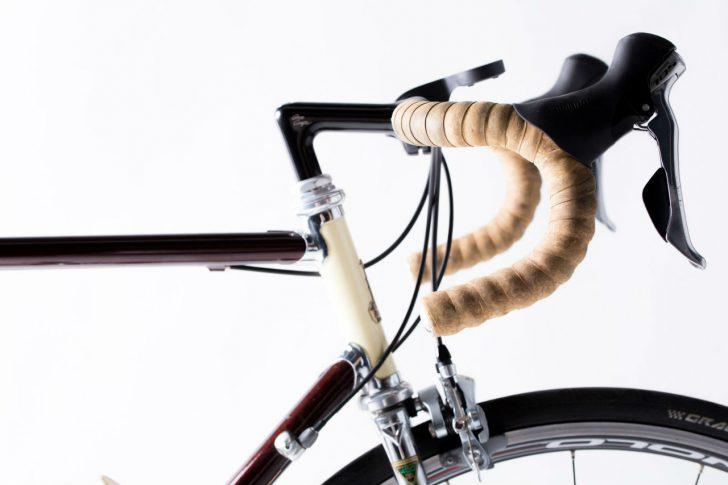 自転車のハンドルまわり