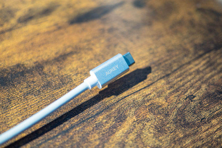 USB-Cコネクタ