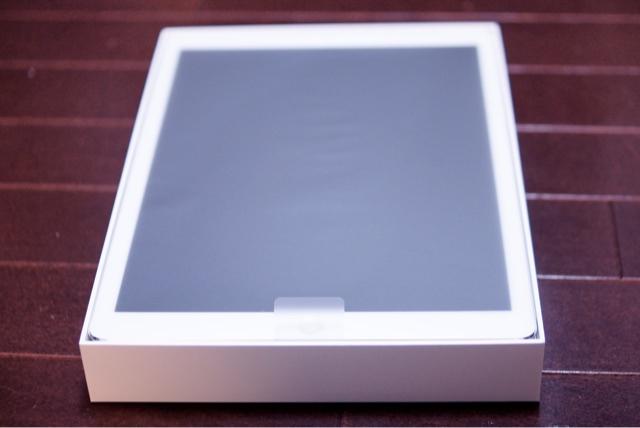 iPad Proの箱を開けてみた