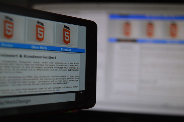htmlホームページ