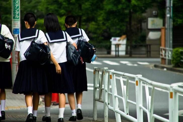 中学生の下校風景