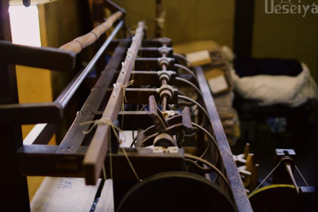 博多織の織り機